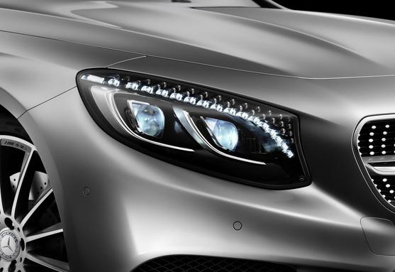 MercedesSwarovskiHeadlights